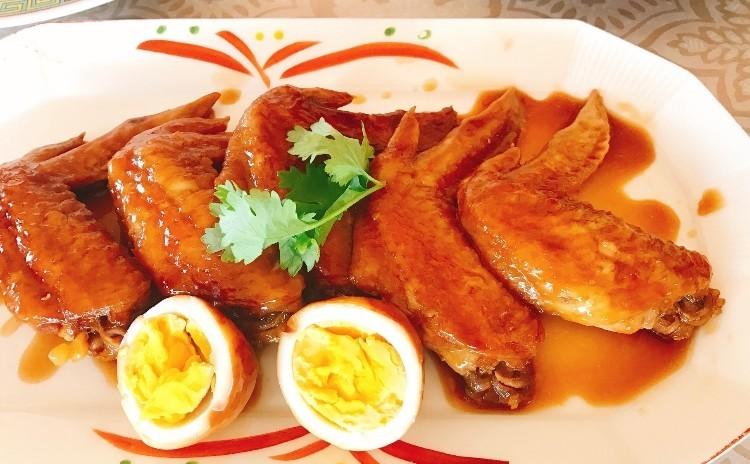 醤油鶏、醤油焼きそば、ワイフケーキ、細工シュウマイレッスン