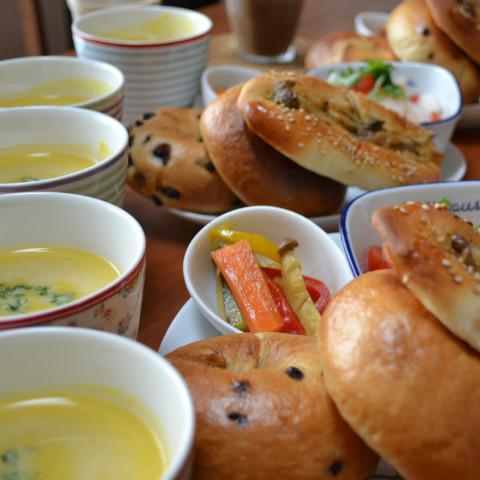 ・チョコベーグル・オレンジクリームチーズベーグル・味噌マヨきのこパン
