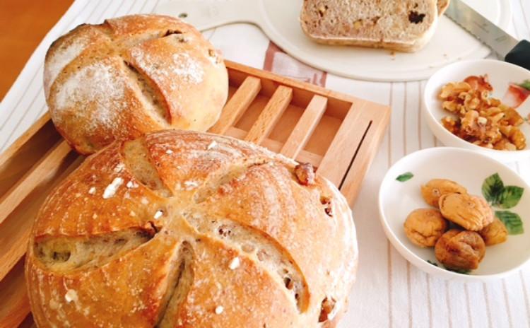 ホシノ丹沢酵母で作る 香り豊かなイチジク・クルミ入りカンパーニュ「きのことジャガイモのスープ」「キャロットラペ」とともに 直径13㎝1個・2個分生地・2個分酵母付
