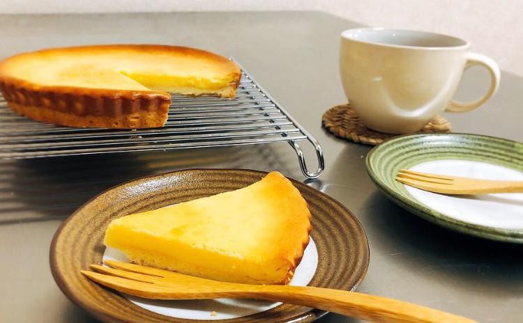 ♪ベイクドチーズケーキ♪ 当日焼いたケーキは お一人1台お持ち帰りいただけます。