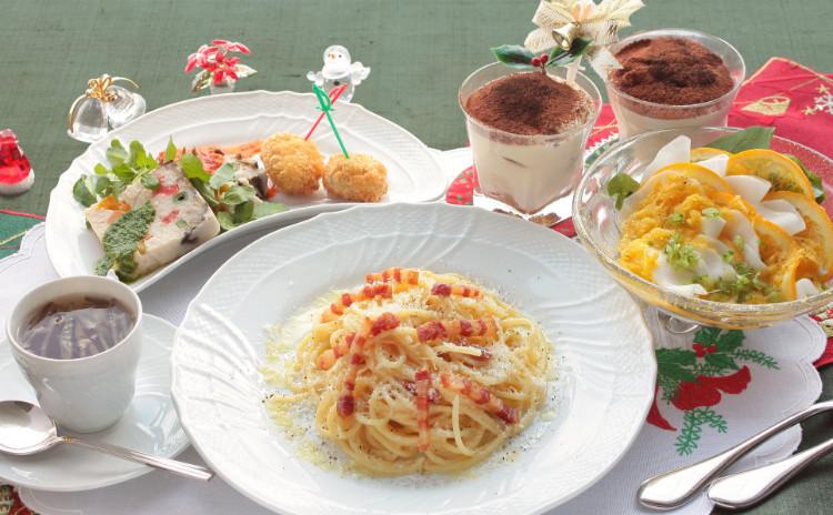 イタリアンでMerry Christmas! 香り立つカルボナーラ&カジュアルなティラミス。年の瀬パーティー献立!