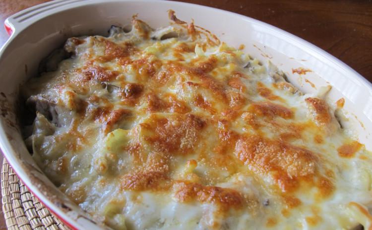 チキンとポテトのグラタンとプチプチ大麦のミネストローネ