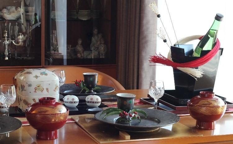 正月料理とテーブルコーディネート