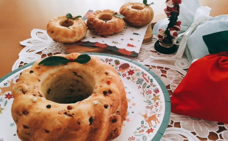 ホシノ丹沢酵母で作るクリスマスのクグロフサレ&鮭とほうれん草のクリームシチュー 可愛いクグロフ(10㎝)2個・クグロフ大(18㎝)1台分(小6個分)生地・クグロフ大1個分酵母持帰り付