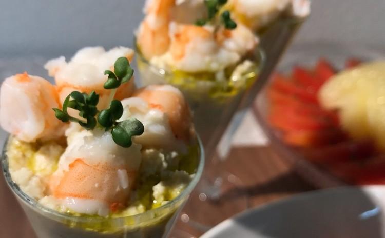 発芽大豆と海老のグラスサラダ
