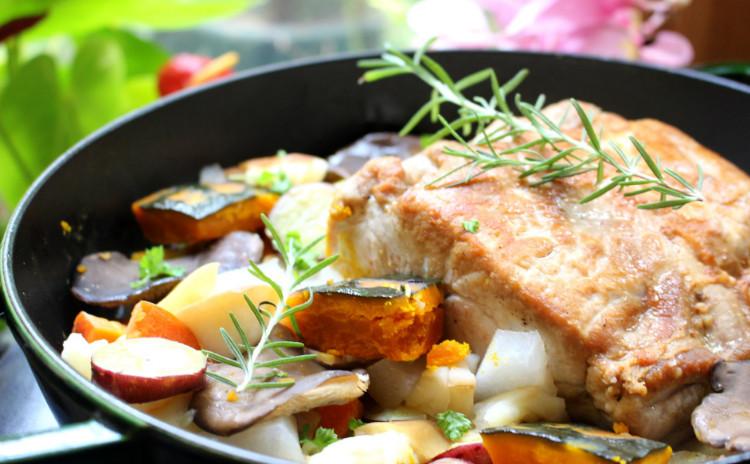 グランドハイアット流和牛とじゃが芋のトゥルト風味タルトやストウブ鍋で作る「ローストポーク」でクリスマスパーティー(土曜日開催)