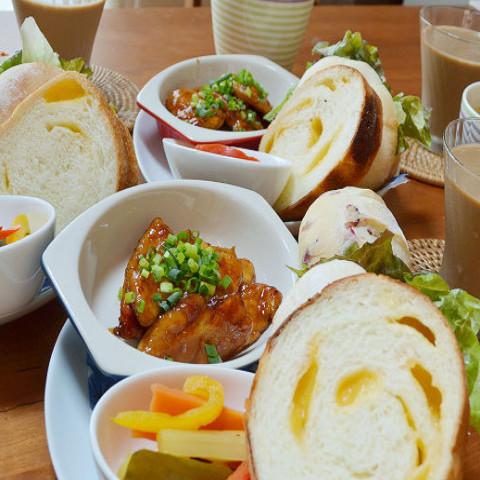 ・白パン・クランベリークリチ・ラウンドチーズ食パン