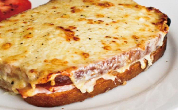 <チーズ大好き!>丸ごとカマンベールのパン、究極のクロックムッシュ