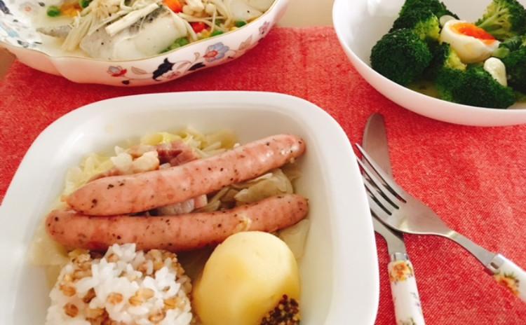 旬の食材料理 キャベツたっぷりシュークルート紫もち麦ライス添え、タラのバター蒸し、ブロッコリーのアンチョビサラダ、チョコブラウニー