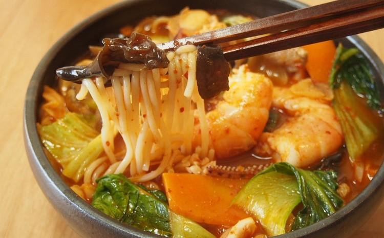 韓国式海鮮ちゃんぽん