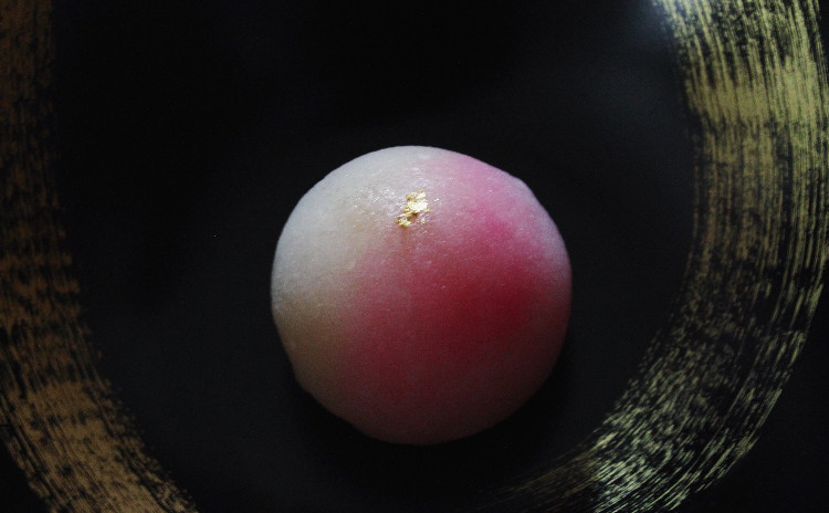 1月の和菓子レッスン♪「白竹筒入り柚子羊羹」「初春ういろう」