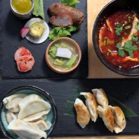北京餃子とランチの前菜