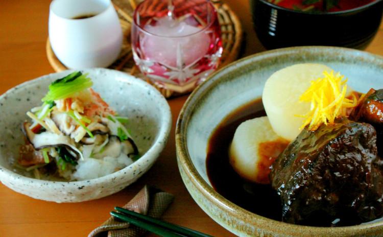 """味噌で作る本格""""ぶり大根""""と和菓子の定番""""葛切り"""""""