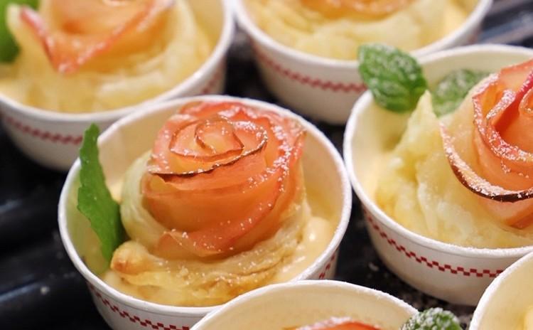 バラのアップルパイとレンジでカスタード