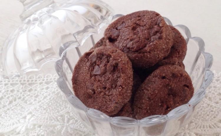 バレンタインデー💛マンディアン16枚・ミルクチョコとホワイトチョコ&チョコチョコクッキー