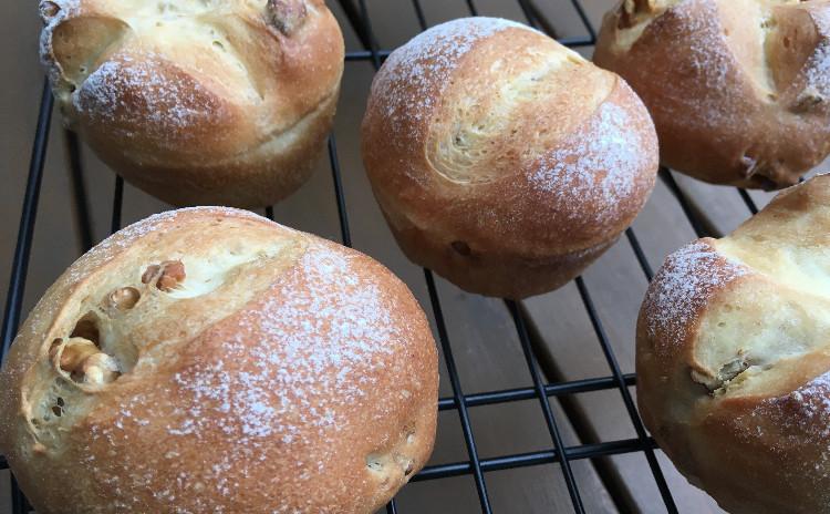 1つの生地から作る、くるみパン&食事パン〜冬野菜と鶏団子のスープ〜野菜サラダ