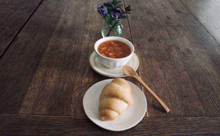 季節のスープ&サービスbread