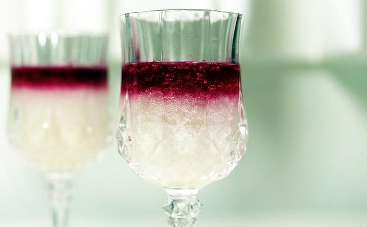 ほんのり甘いツートンのデザートドリンク~米麹甘酒と野菜(飲む点滴ペア)