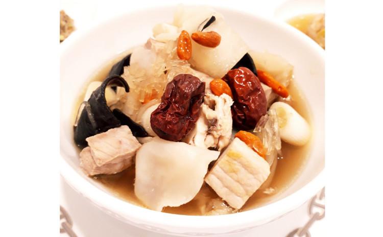 【砂糖不使用★ヘルシー中華】①生トマトエビチリ、②アンチエイジング美肌薬膳蒸しスープ