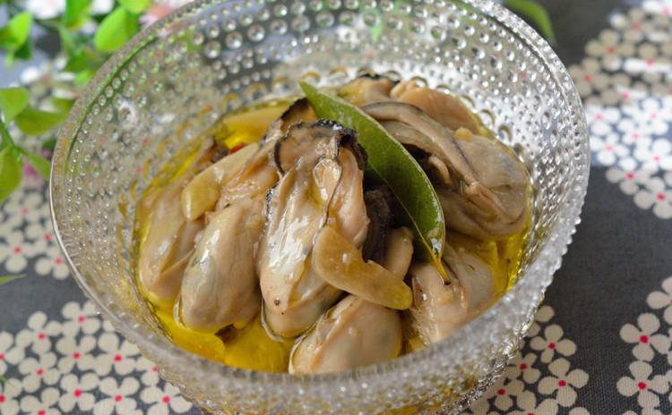 牡蠣のガーリックオイル漬け