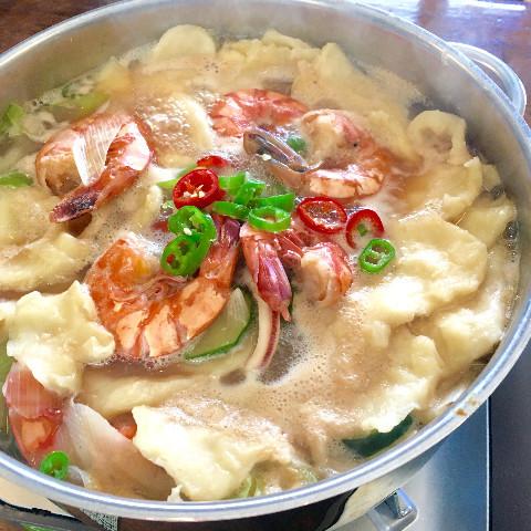 海鮮スジェビ(韓国風すいとん鍋)