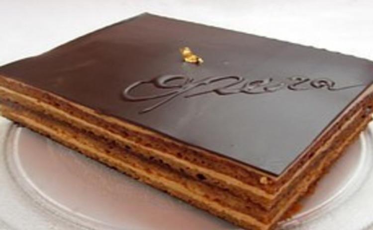 初心者でもパティスリー級〜女王さまのオペラ チョコレートのお菓子の最高峰、オペラを作ります