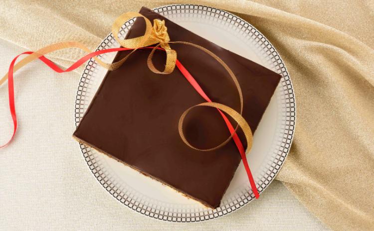 フランス菓子の中で燦然と輝く「オペラ」♡伝説のチャンピオンスイーツ!