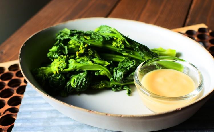 白味噌ドレッシング 春野菜の苦味と共に
