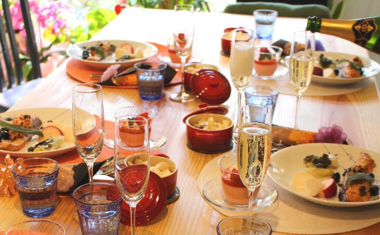 (土曜日開催)冬のおもてなし料理「ローストキングサーモン」や牡蠣のオイル漬け付き「シーフードグラタン」「あまおう苺のムース」