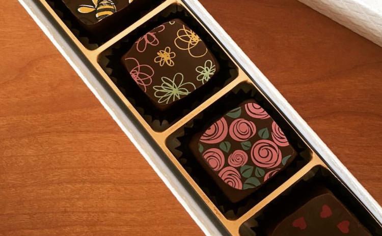 バレンタイン直前!口どけなめらかボンボンショコラを作りましょう♪