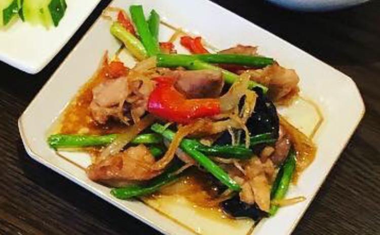 鶏肉と生姜炒め「ガイ・パッ・キン」