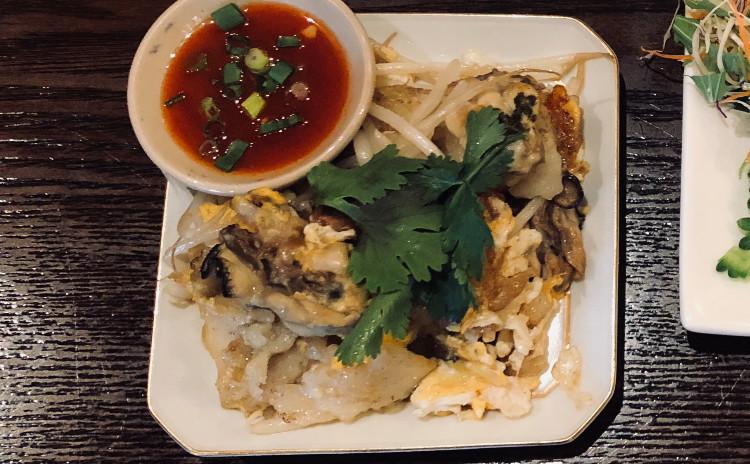 お家でレストラン。*タイ風カキのお好み焼き*さばレッドカレー風味素麺*デザートココナッツミルクの団子汁粉。