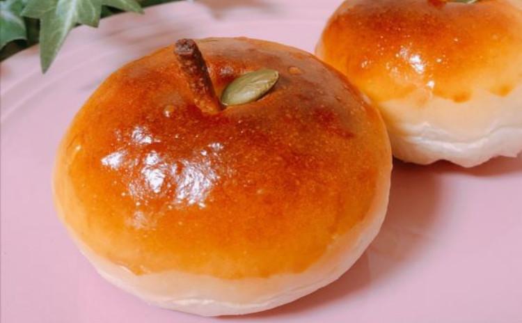 🍎人気のりんごパン2種類🍎まんまるりんごパン&アップルシナモンロール&🌸桜シフォンケーキ