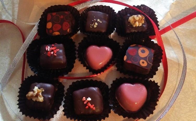 【日曜日・日程追加しました!】話題のルビーチョコとフェアトレード有機チョコで贅沢本格チョコを作ろう!豪華ランチ付き♪