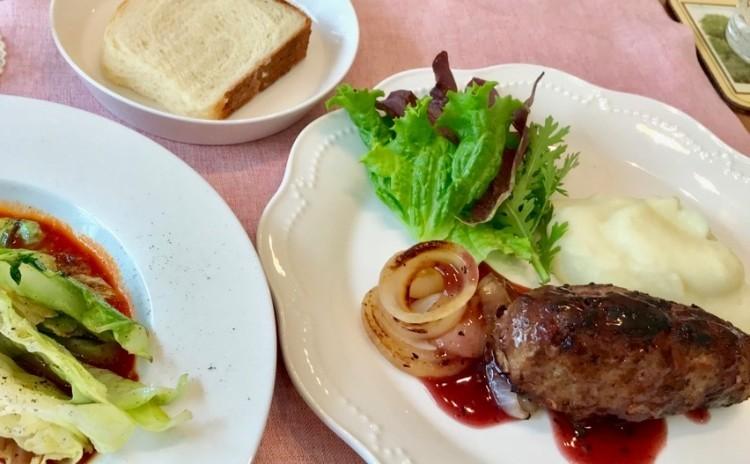 お肉の香り香ばしいハンバーグ&甘い焼き春キャベツ