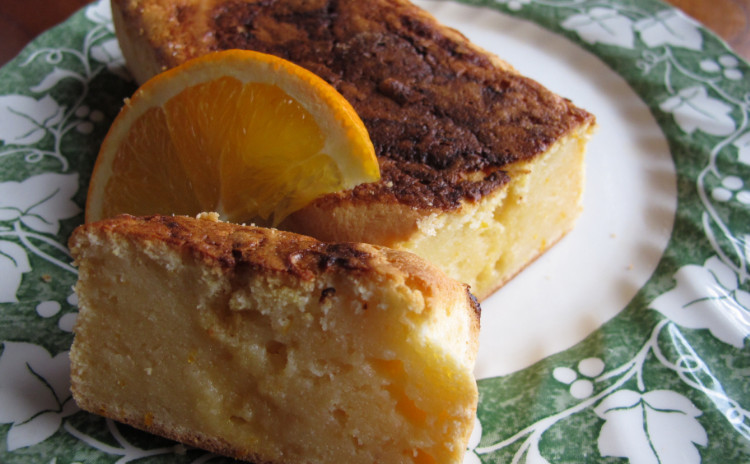 焼タラコとイカのパスタ、甘エビとアボカドのタルタル、オレンジ風味のリコッタチーズケーキ