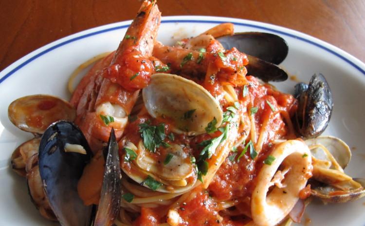 魚介好きなイタリアン「ペスカトーラ」と「魚介のフリットミスト」