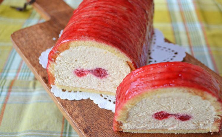 春を感じに来ませんか?♪苺バニラのムース♪桜あんのリュスティック♪ロールキャベツ風スープ
