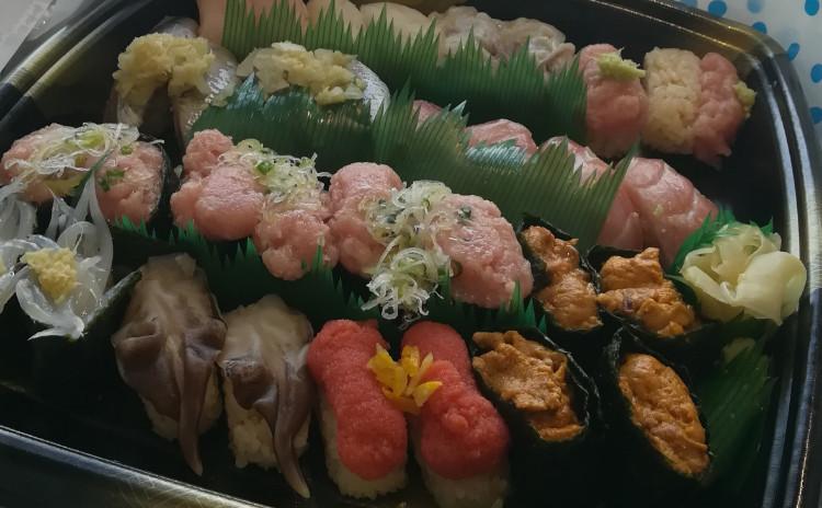 板前が握るお寿司&牡蠣BBQ