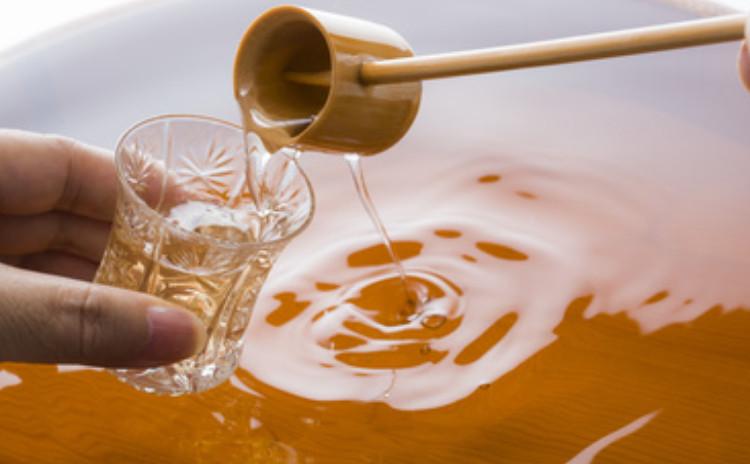 毎日続けられる糀生活と発酵調味料の一汁一菜。Vol.6 砂糖不使用、甘い発酵調味料本醸造みりんの魅力