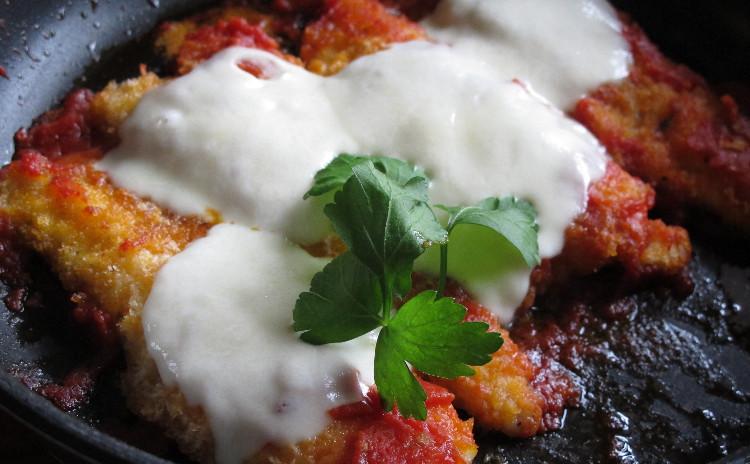 空豆とサーモンのリゾット、ヤリイカのパン粉詰めオーブン焼き、ホッケのピッツァイオーラ他