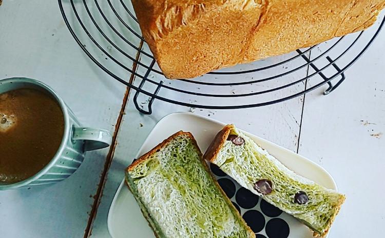 桜あんパンと抹茶食パン