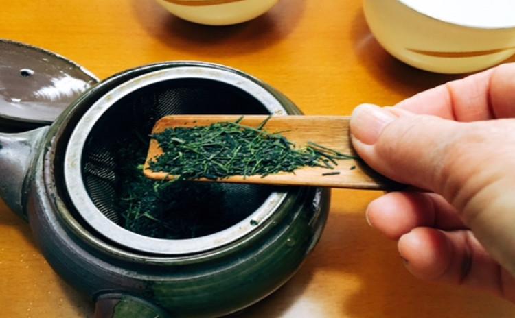 ホシノ丹沢天然酵母で作る桜クグロフ&日本茶 煎茶と玉露の飲み比べ 可愛い桜クグロフ(10㎝)2個・桜クグロフ大(18㎝)1台分(小6個分)生地・桜クグロフ大1個分酵母持帰り付