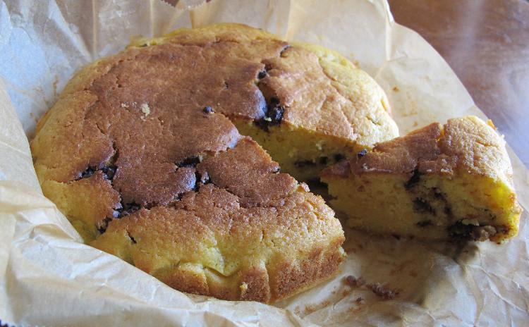 渡り蟹のトマトクリームパスタ、ほうれん草のシュトウルーデル、丸ごとオレンジのケーキ「パンダランチョ」