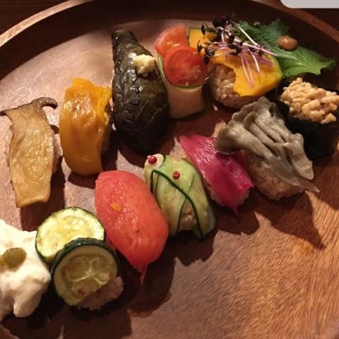 きれいを作るごはん野菜寿司