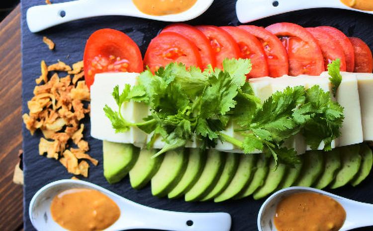 豆腐のバンバンジー風サラダ