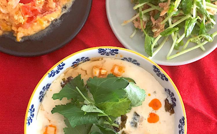 ふわふわ豆乳スープ * 豆苗ごまサラダ * トマトと卵の炒め物