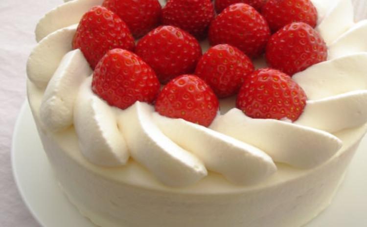 王道のショートケーキ!ふわっふわのスポンジとナッペのコツを学びましょう!
