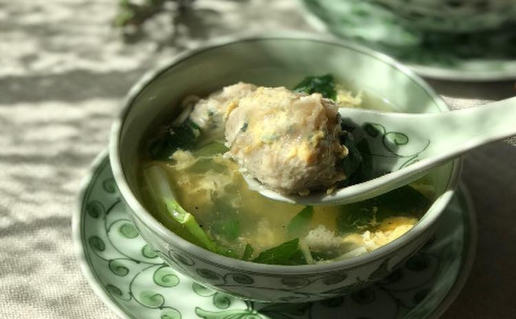 鶏団子と青梗菜のスープ