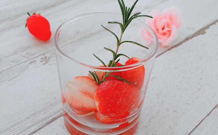 フルーツライブレッド・苺のローズマリーマリネ(2品お持ち帰り)